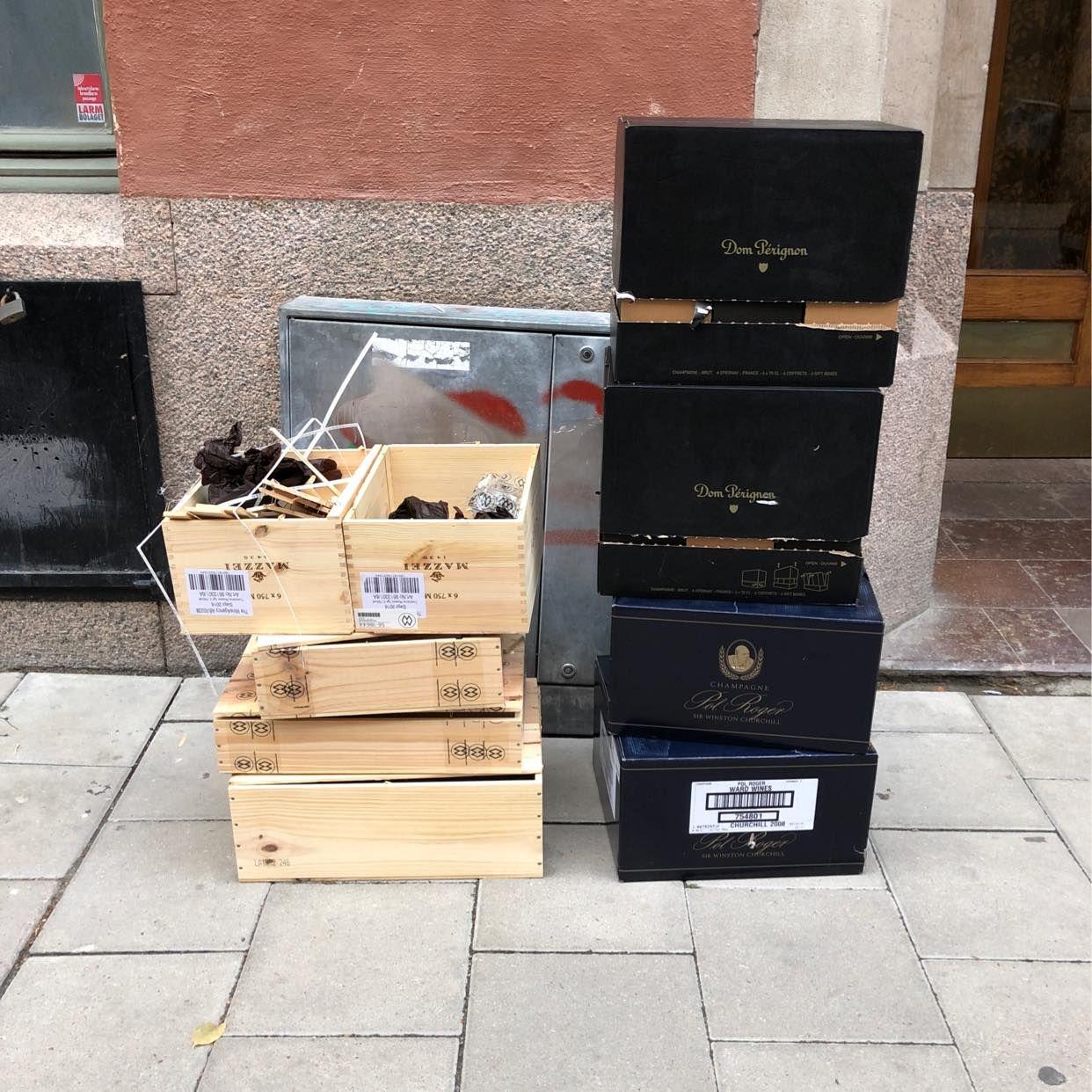 image of Hämta tomkartonger - Stockholms Stad