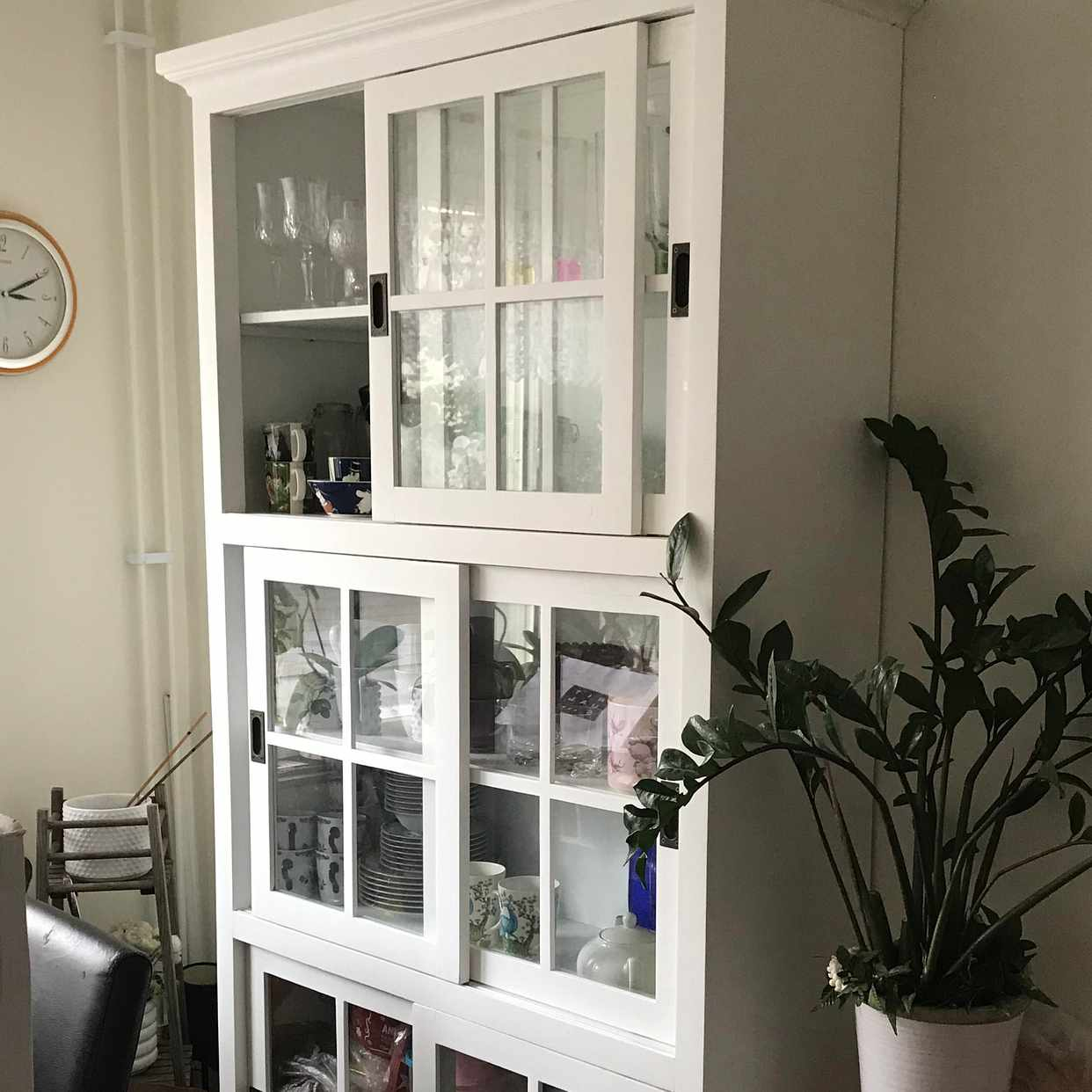 image of Move Cabinet -