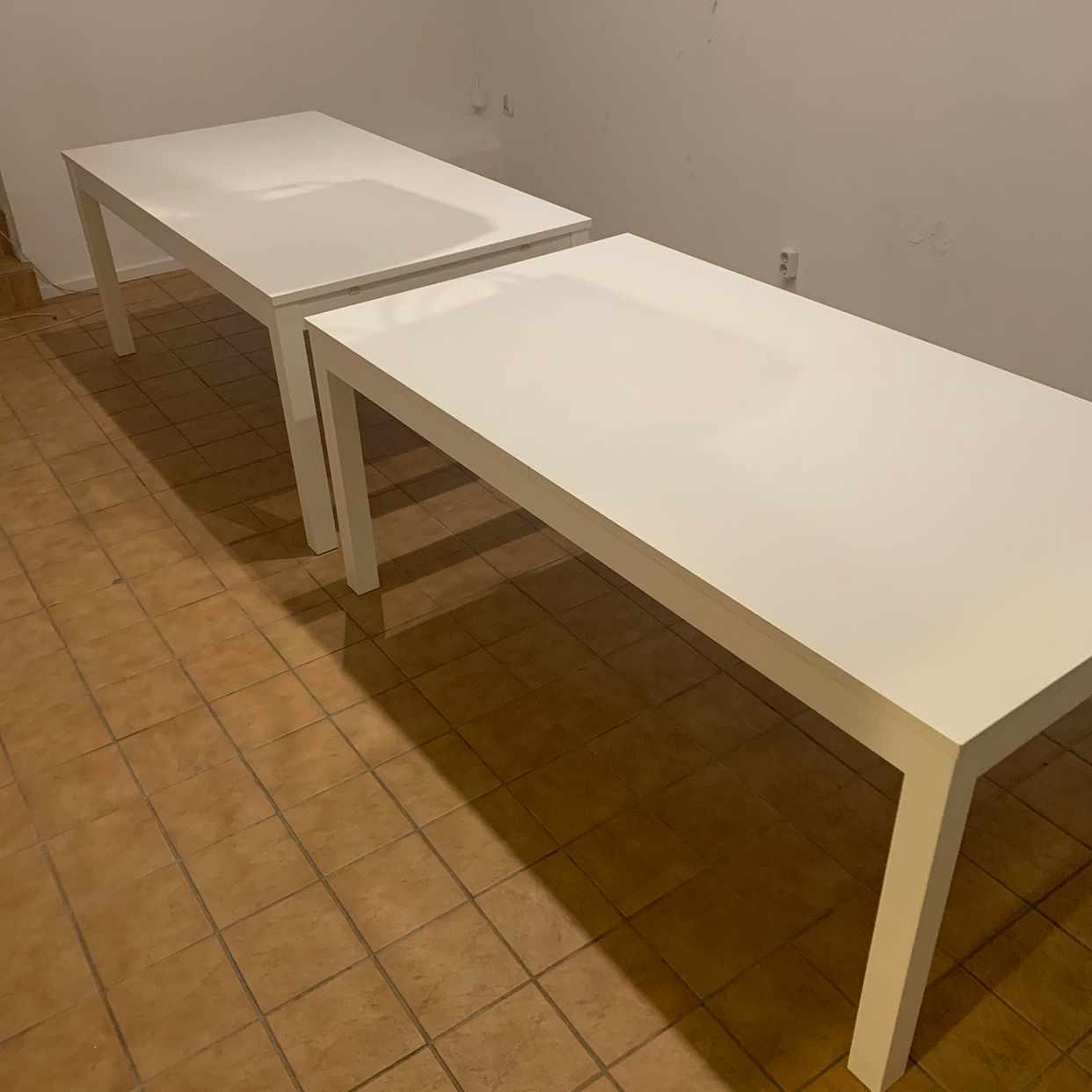 image of Två bastanta bord skänkes - Stockholm