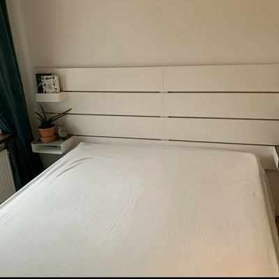 image of Moving bed frame + madres -