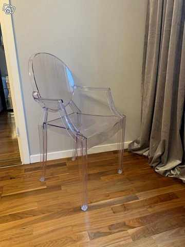 image of 3 plastic chairs -