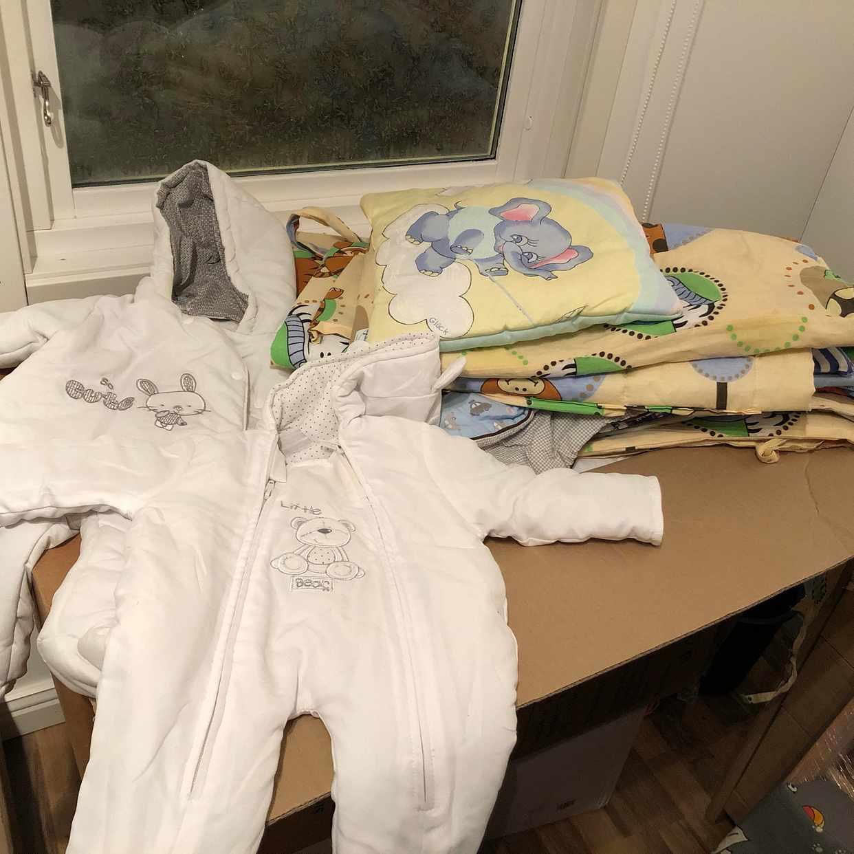image of Babysäng babysängkläder - Saltsjö-Boo