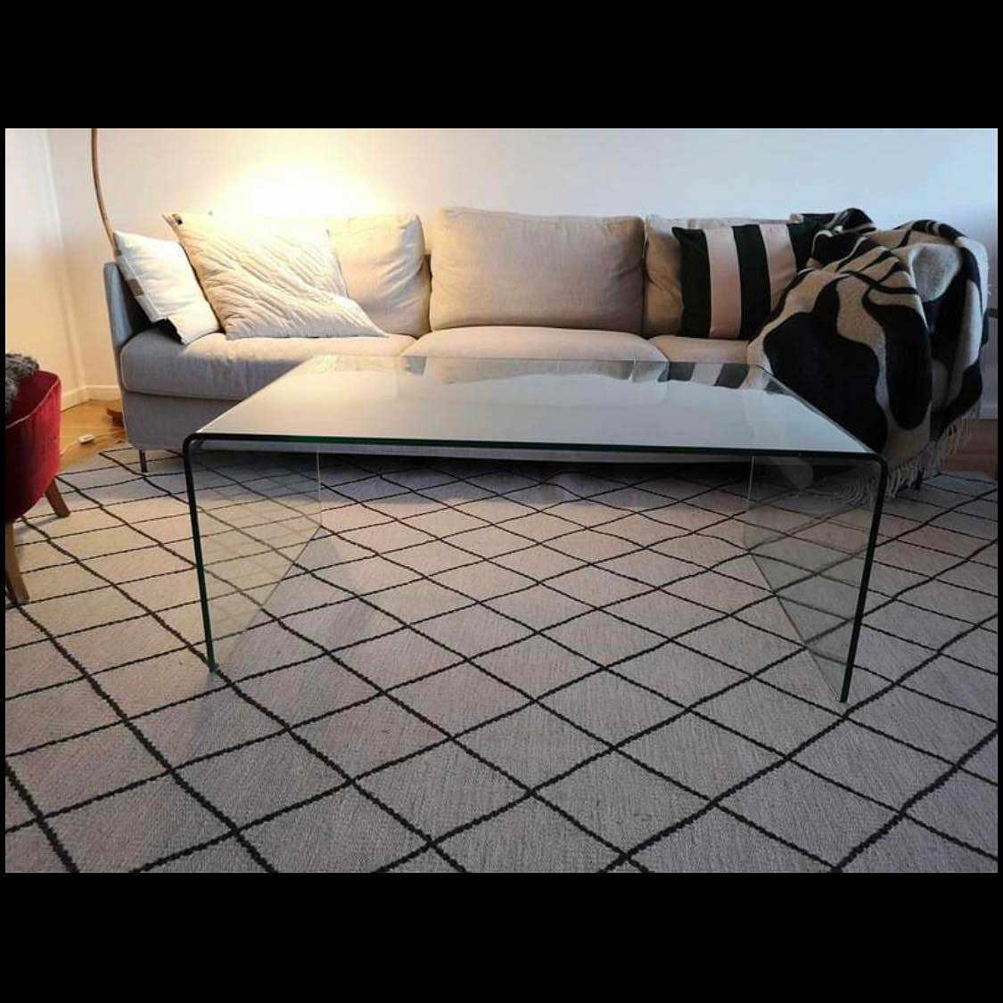 image of Glasbord 110x70 ömtåligt -