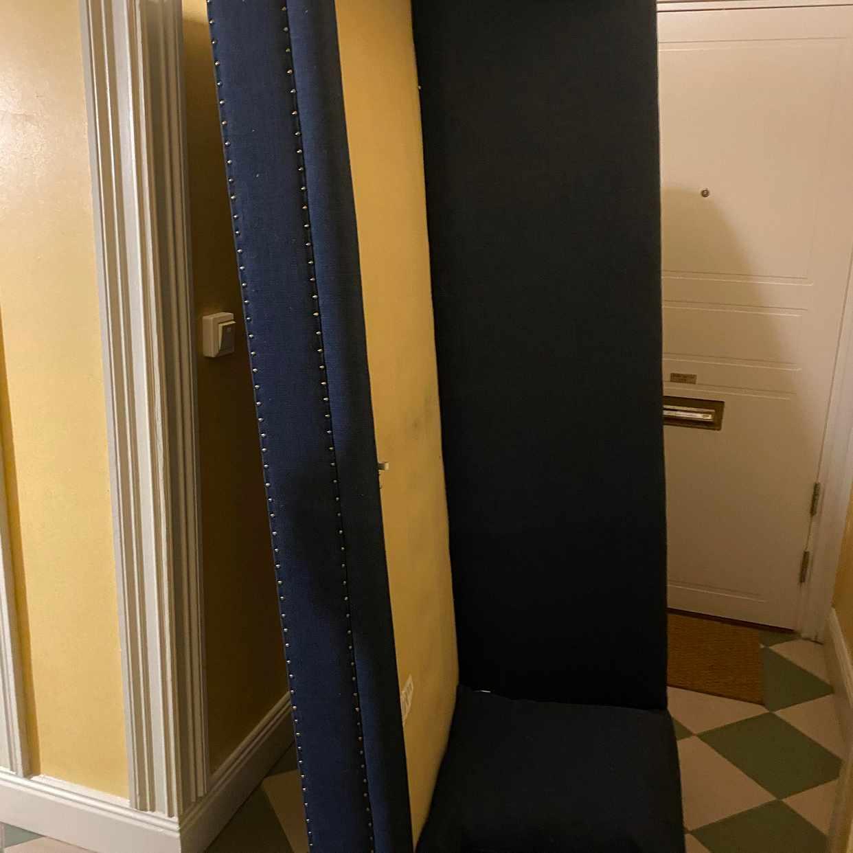 image of Flytta soffa till vind -