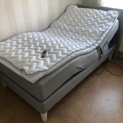 image of Flytt av elektrisk säng -