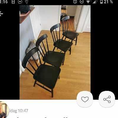 image of Flytt av fyra stolar -