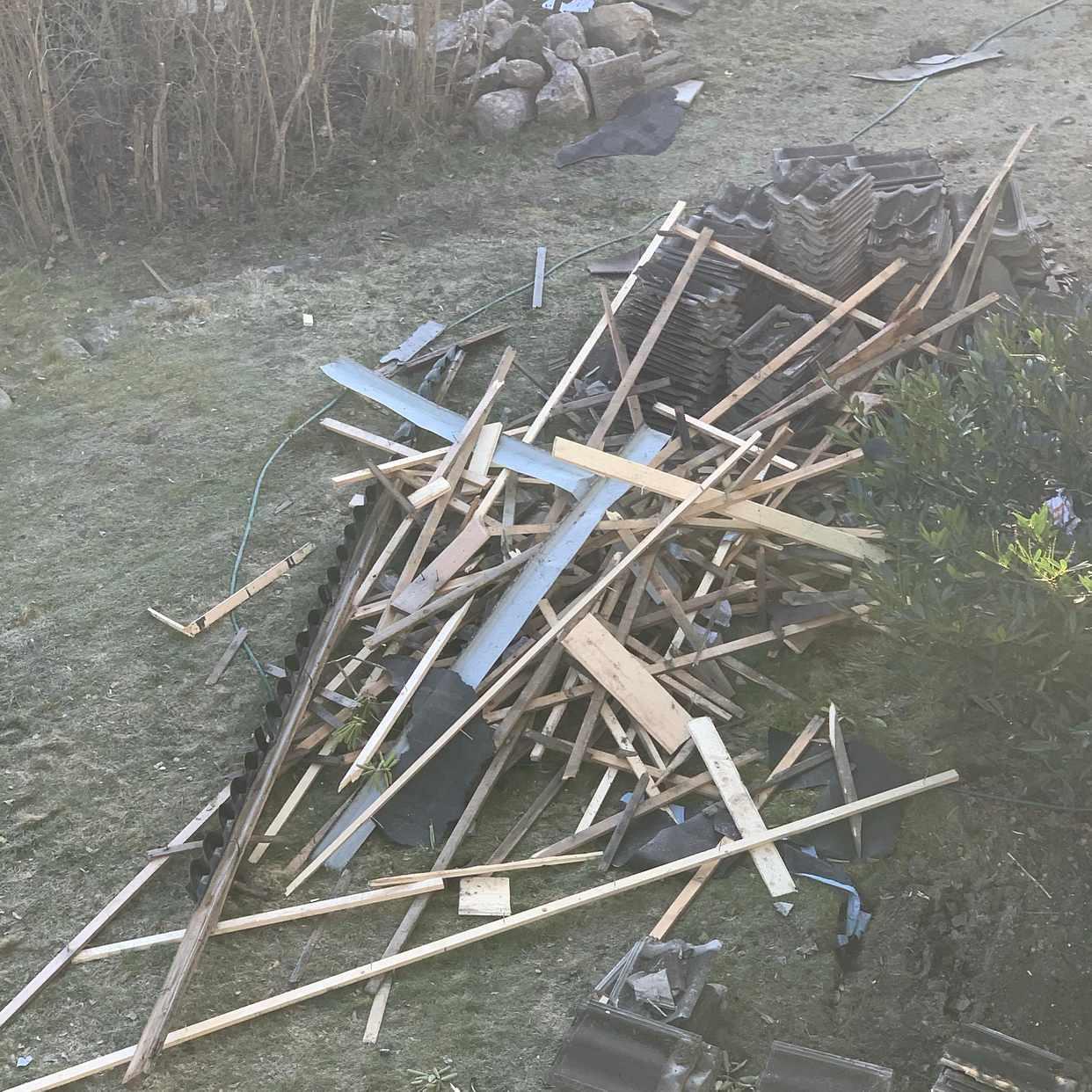 image of TRÄ OCH PAPP OCH PLÅT - Södertälje