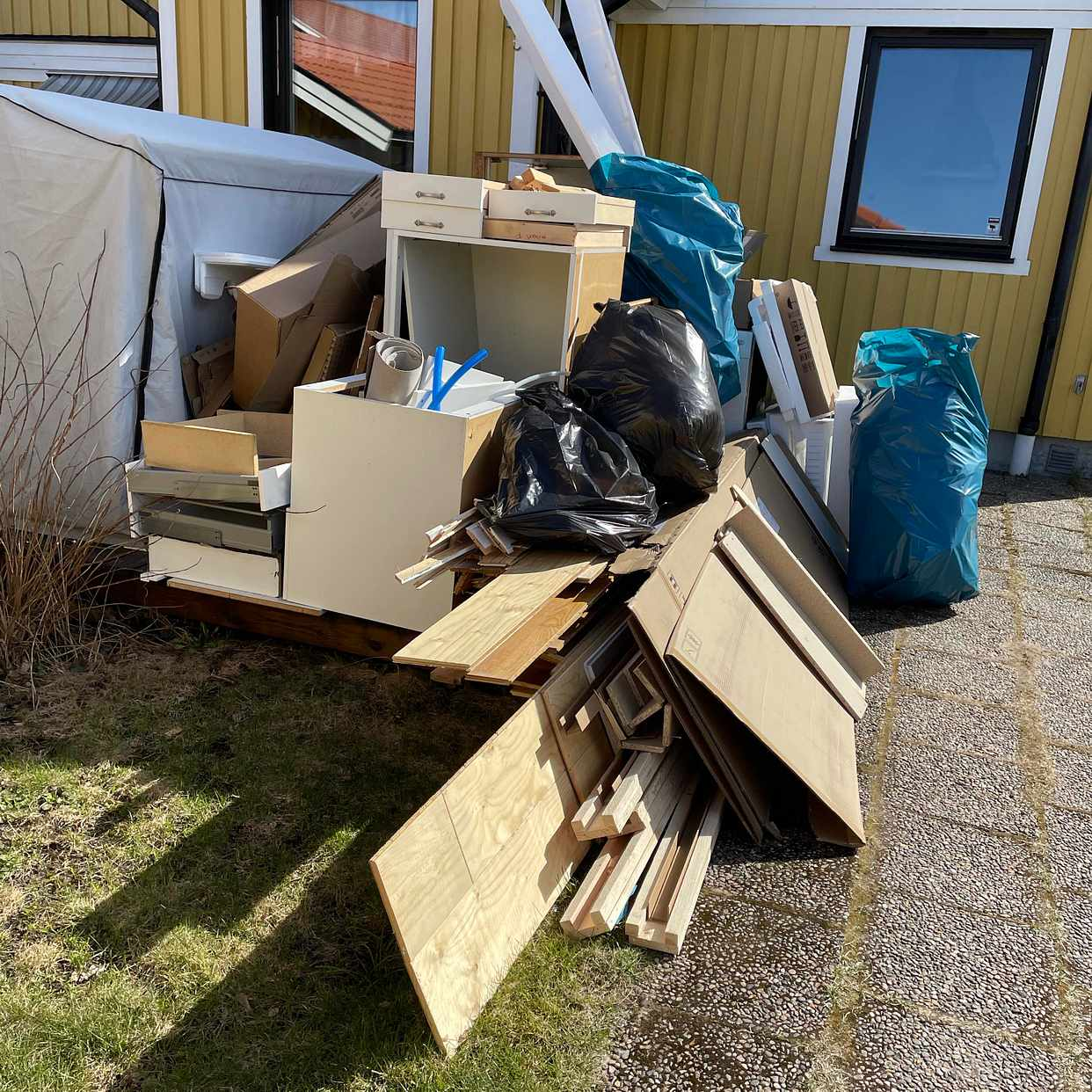 image of Hämta byggavfall - Sollentuna