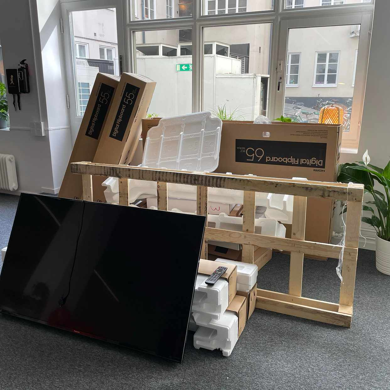 image of Cardboards and TV - Stockholm City