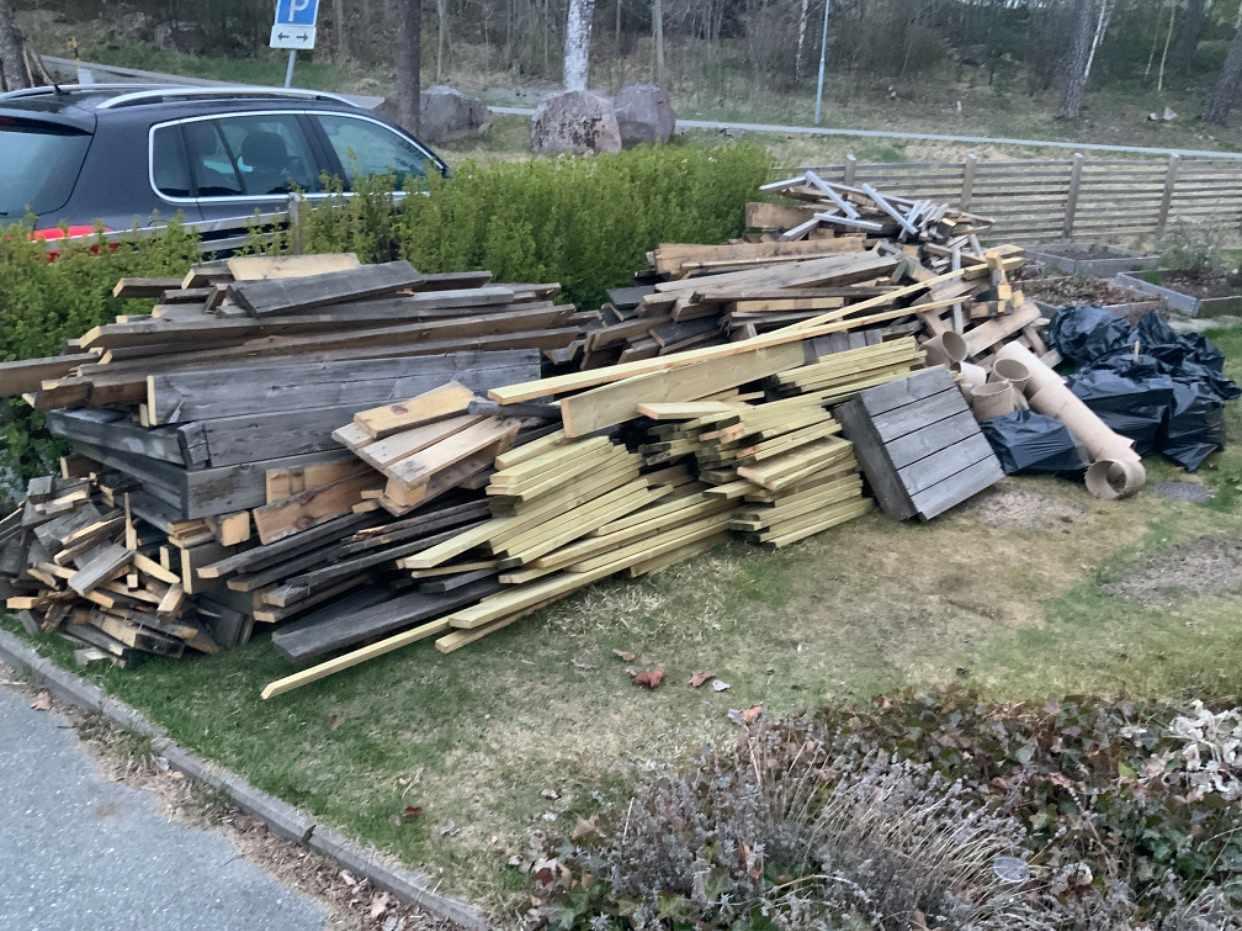 image of Byggavfall, virke  - Upplands Väsby