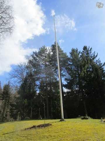 image of Flaggstång med nya flagga -