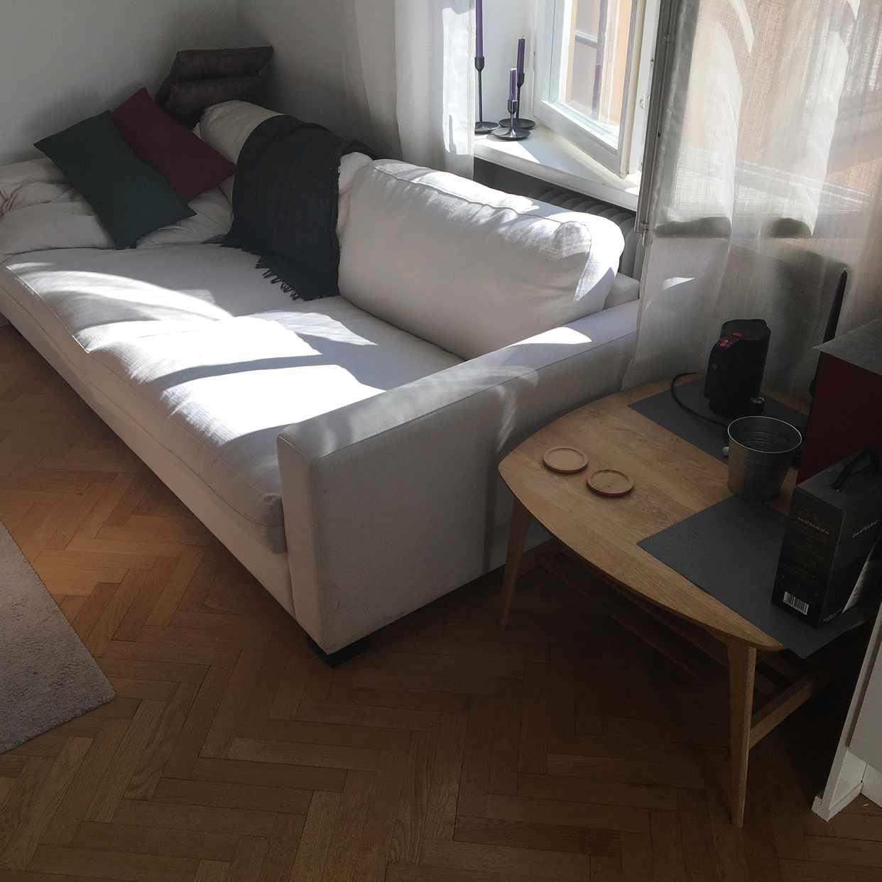 image of Flytta soffa och soffbord -
