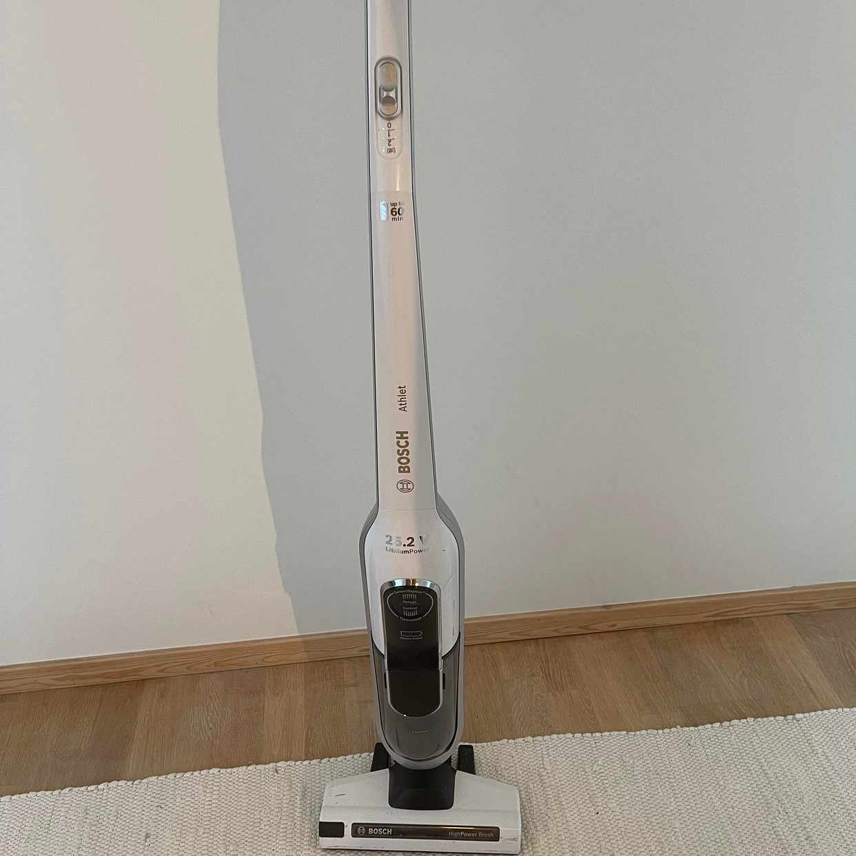 image of Vacuum cleaner wireless - Solna