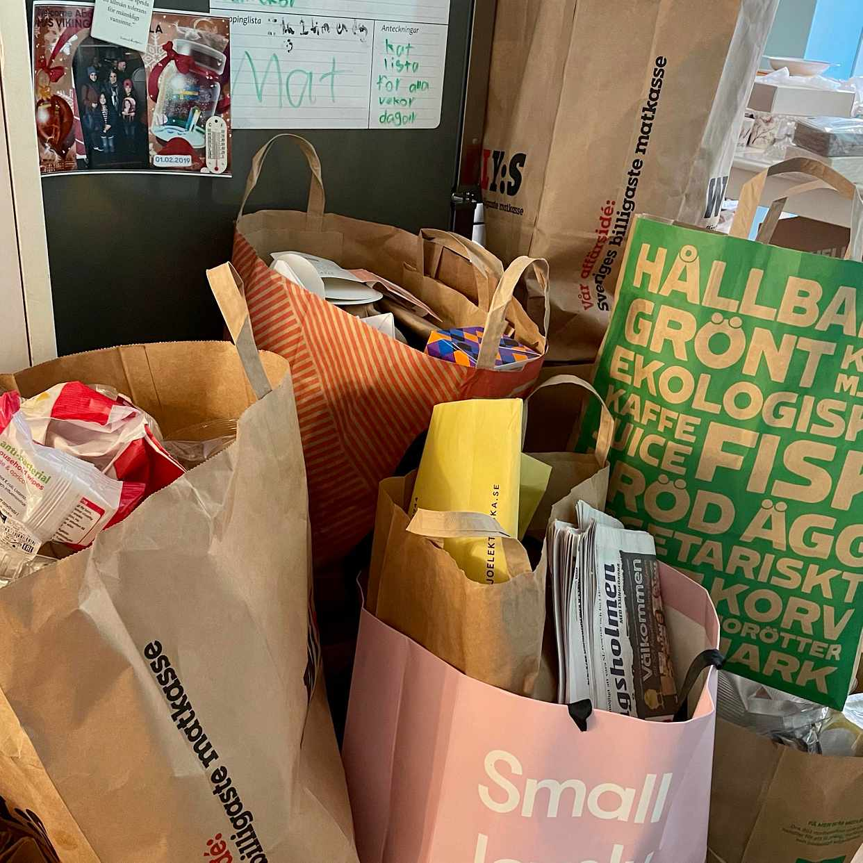 image of Kartonger papper plast - Stockholm