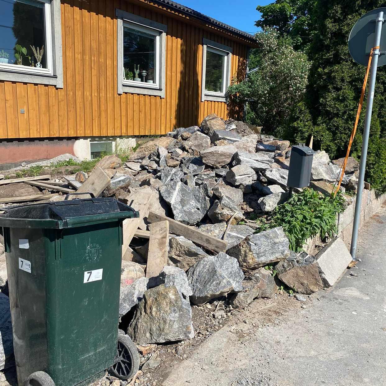 image of Berg / Sten (de större) - Älvsjö