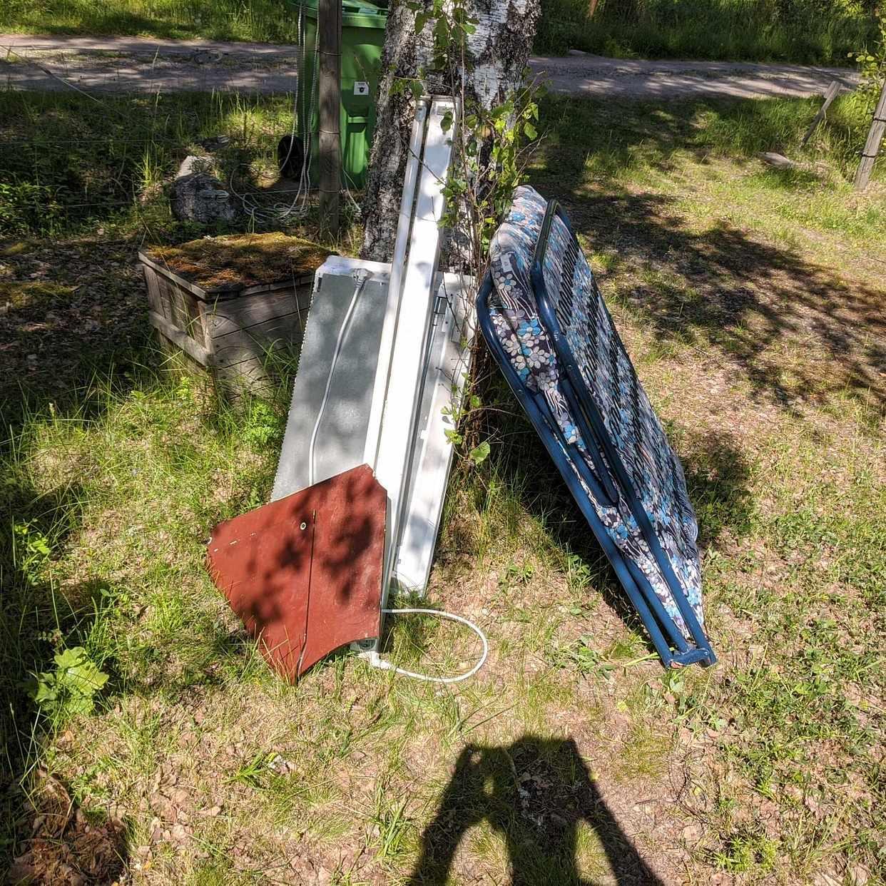 image of Random garbage - Adelsö