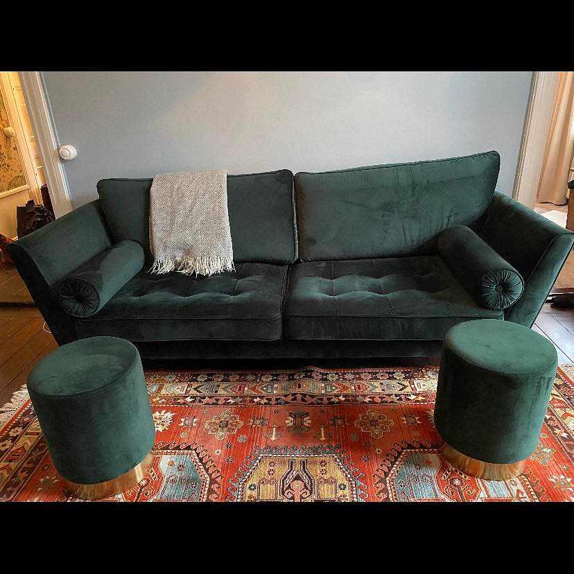 image of Flytta soffa och puffar -
