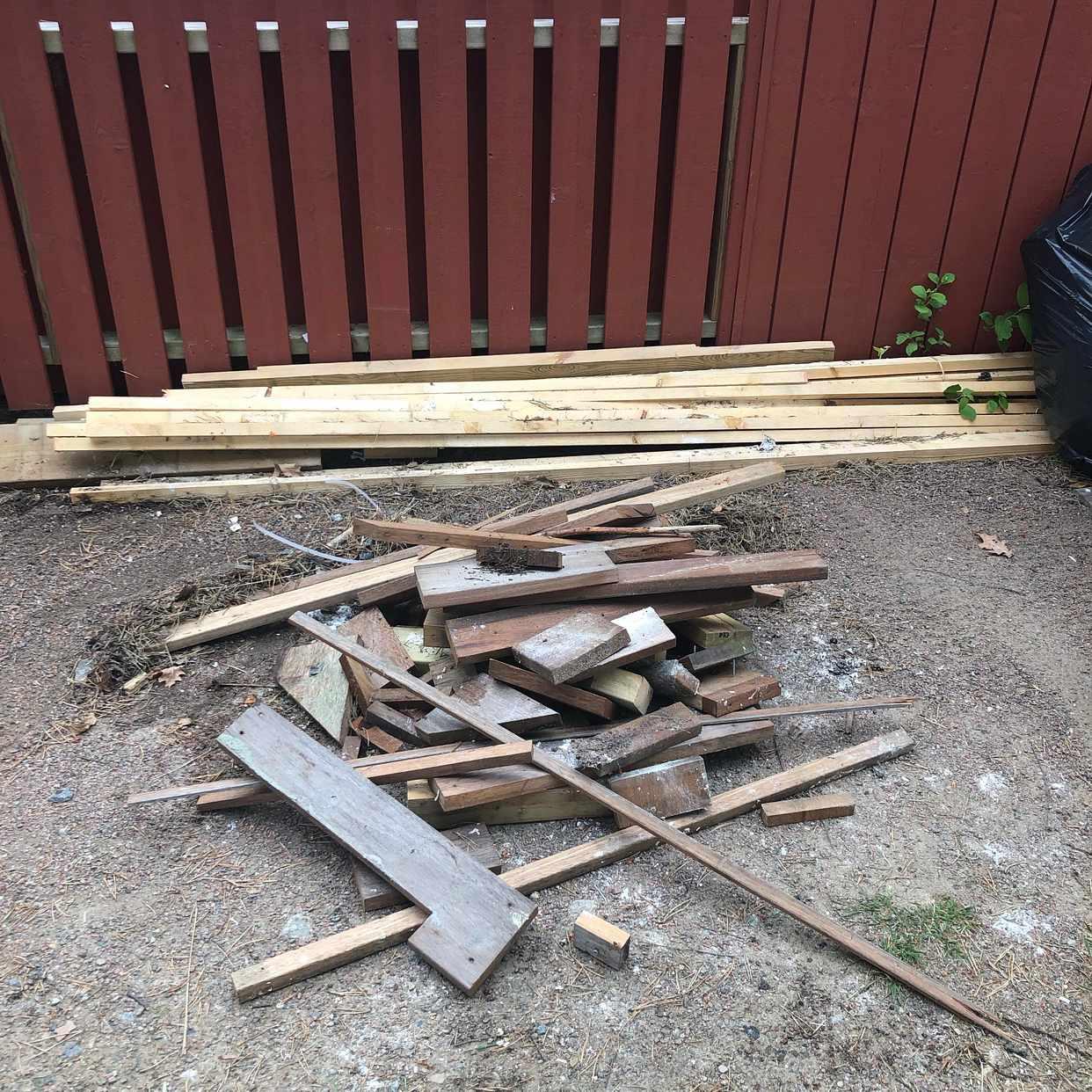 image of Träd,lösvirke,soppåsar - Öjersjö