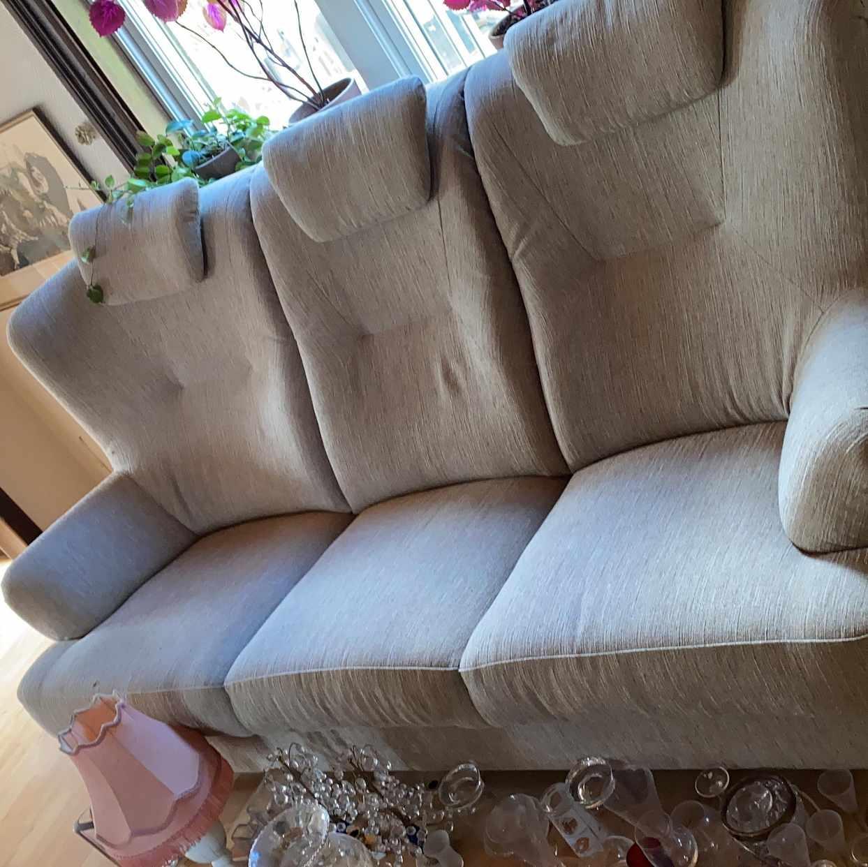 image of Mkt fin soffa - Hägersten