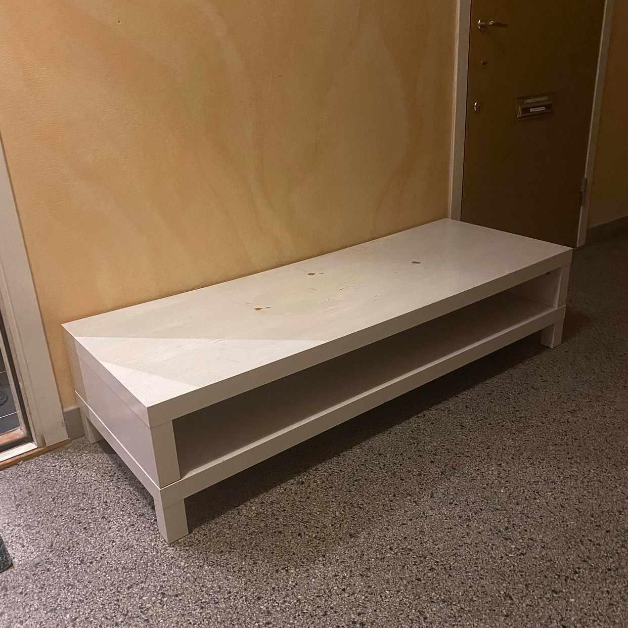 image of TV-möbel skänkes! - Sundbyberg