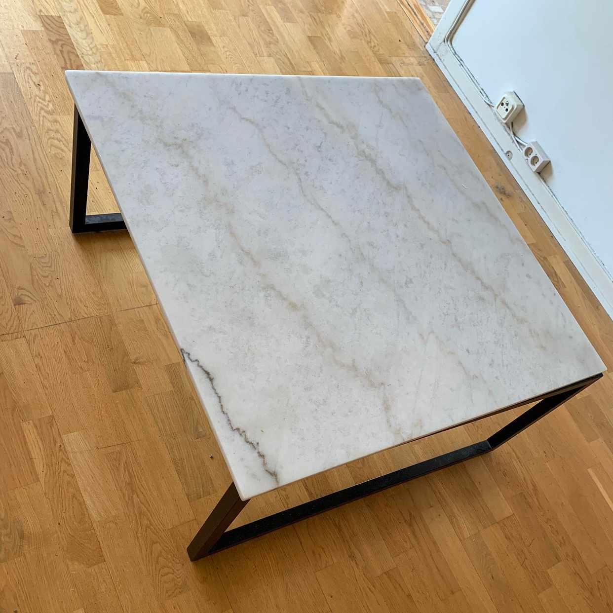 image of Hämta marmorbord - Stockholm