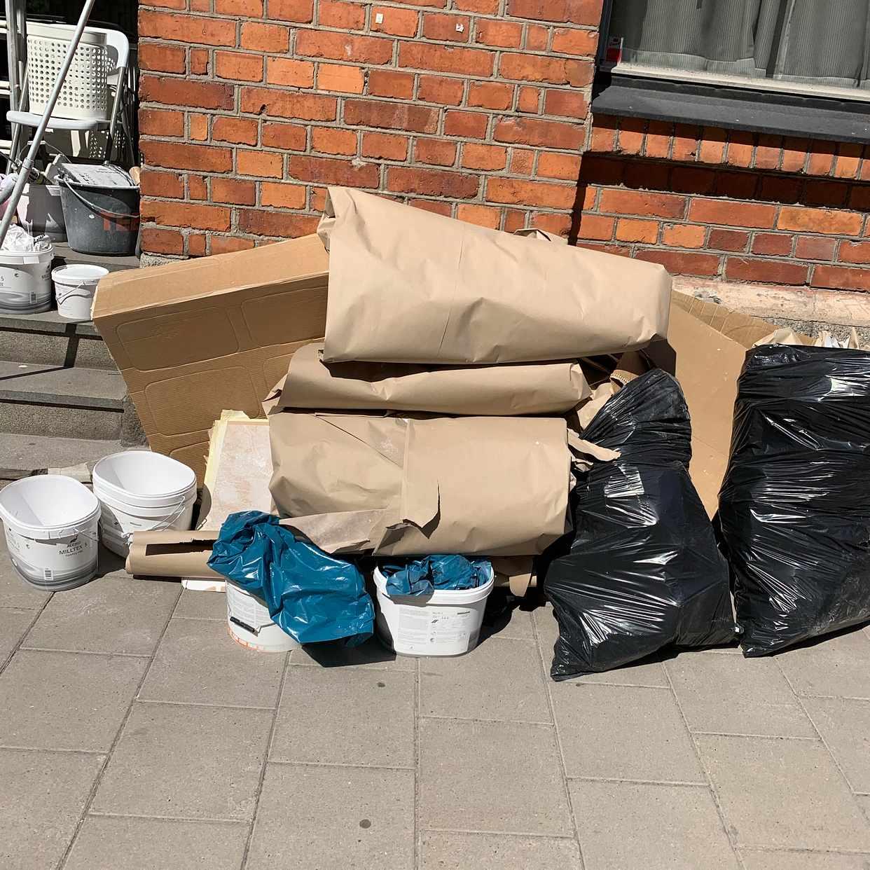 image of Slänga brännbart - Stockholms Stad