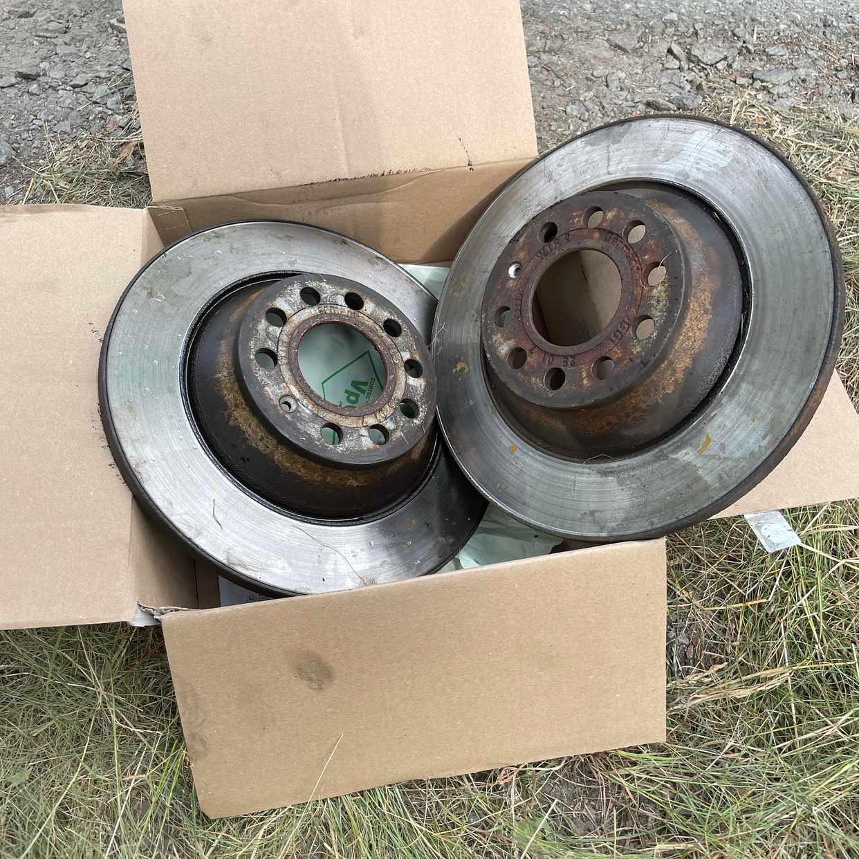 image of used audi a6 brake disks - Nacka