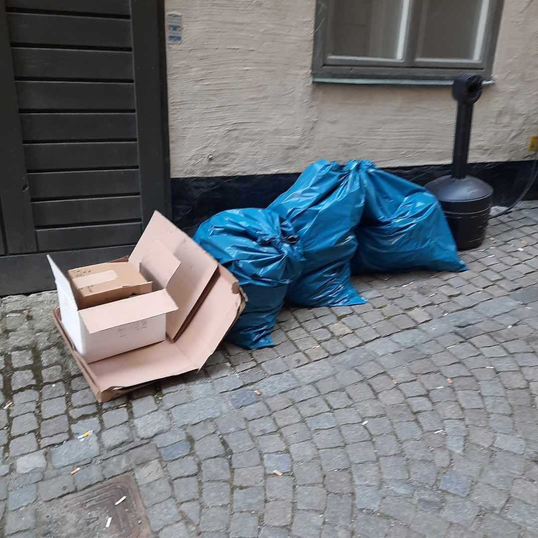 image of Brännbart och kartong - Stockholm