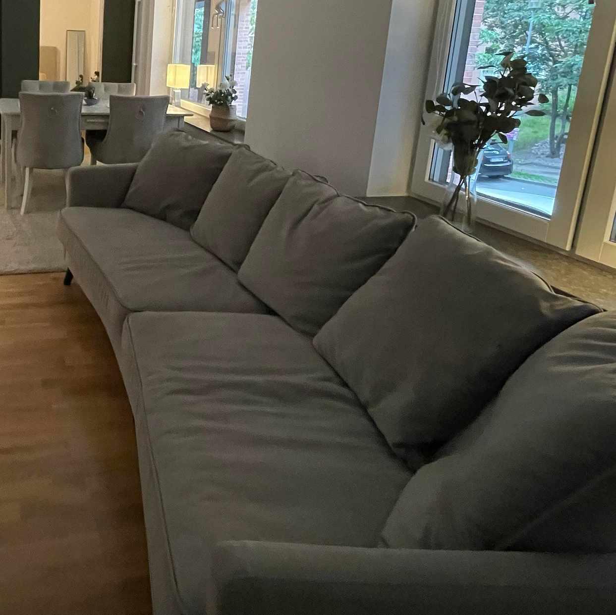 image of Flyttning av soffa -