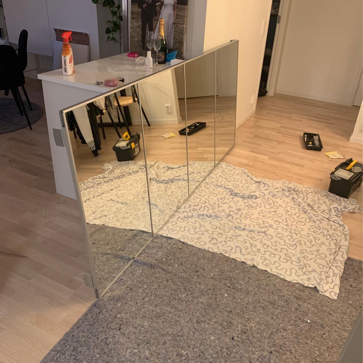 image of Furniture/closet -