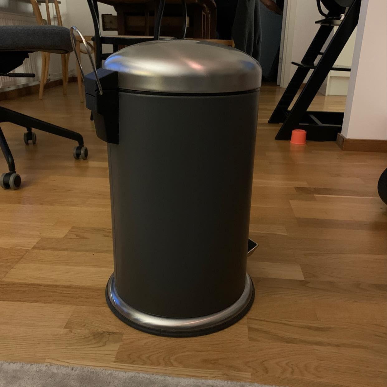 image of Pedalhink IKEA skänkes - Hägersten