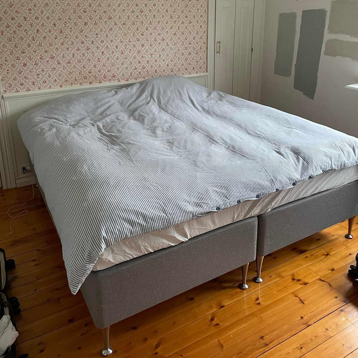 image of Bära soffa, säng och byrå -