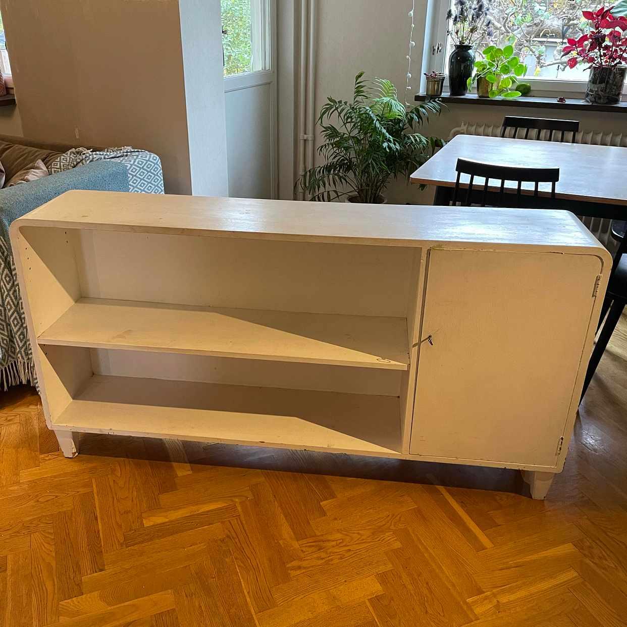 image of Sideboard bortskänkes - Johanneshov