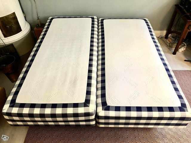 image of Hästens sängar 2 st 90 cm -