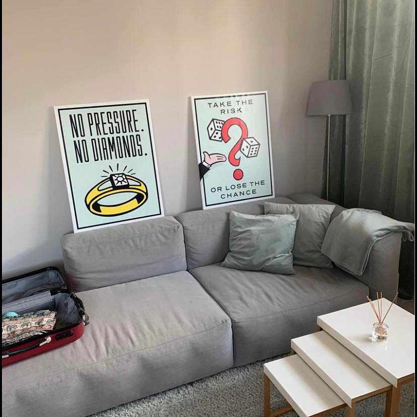 image of 2 frames -