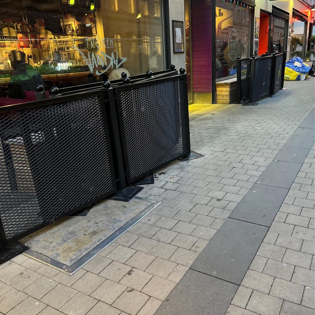 image of Flytta staket - Stockholm